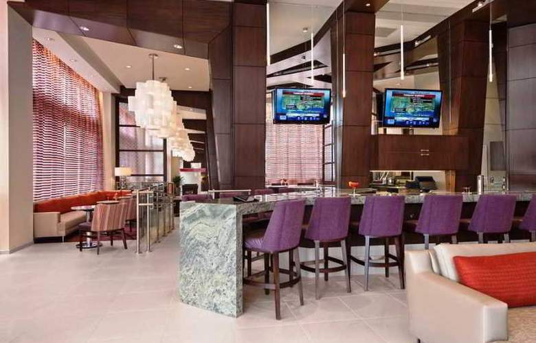 Hilton Garden Inn Atlanta Midtown - Bar - 3