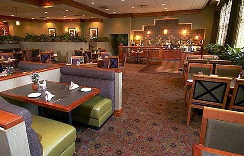 Crowne Plaza Hotel San Jose Valley - Restaurant - 4