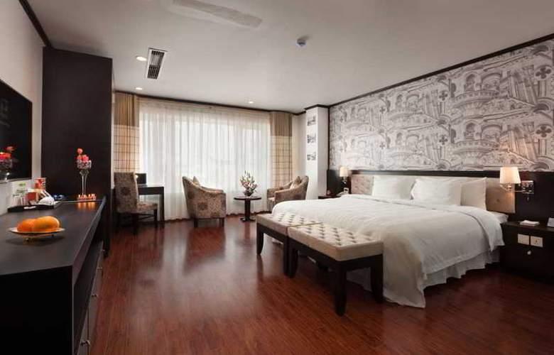 Boss Legend Hotel - Room - 12