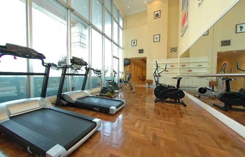 Riverside Majestic Hotel Kuching - Sport - 5