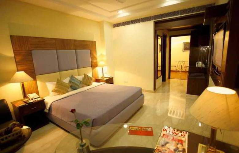Star Grand Villa - Room - 12
