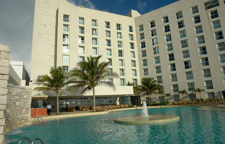 Sunset Royal Beach Resort - Hotel - 0