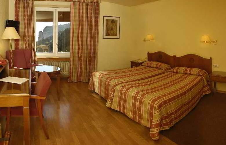 Abat Cisneros - Room - 8