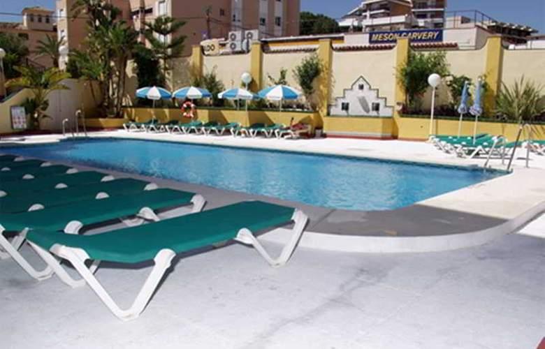 Ecuador Park - Pool - 15
