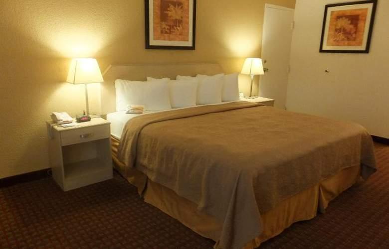 Quality Inn & Suites Lake Havasu City - Room - 2