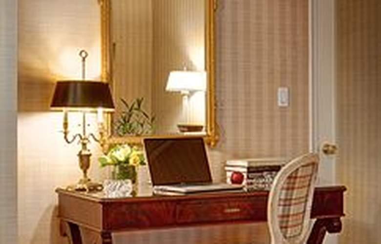 Hotel Elysee - Room - 6
