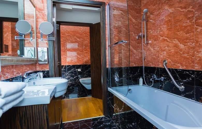 Best Western Plus Hotel Arcadia - Room - 105