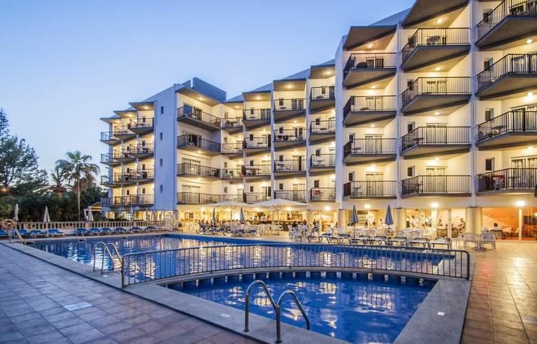 Fergus Bermudas - Hotel - 8