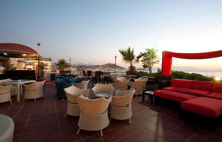 Marina Hotel - Terrace - 9