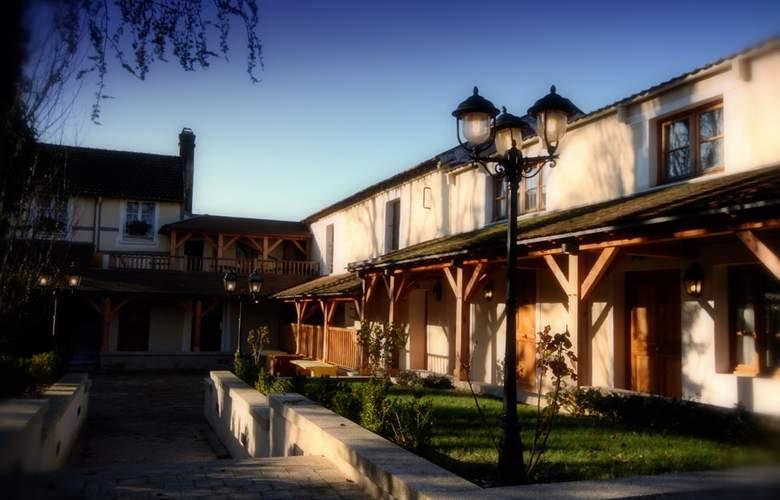 Auberge du Cheval Blanc - Hotel - 5