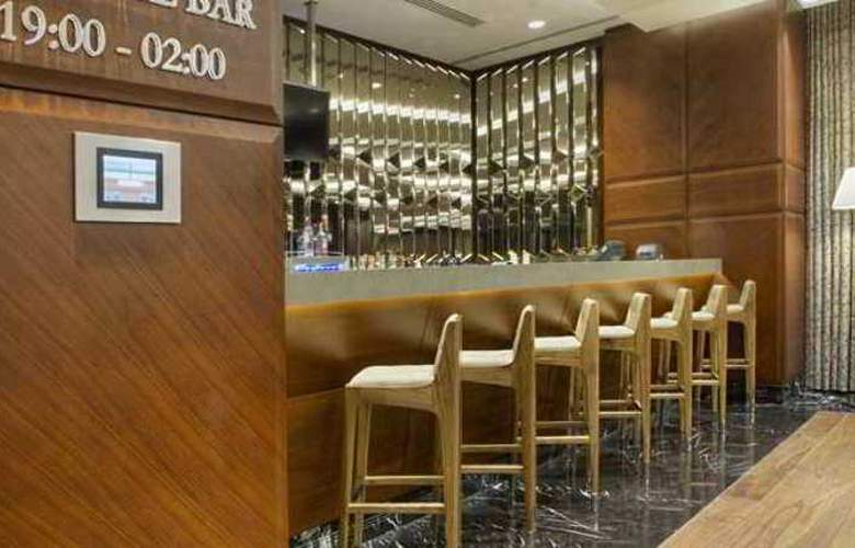 Doubletree by Hilton Istanbul Avcilar - Bar - 15