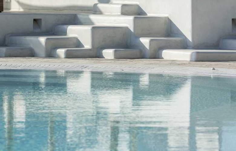 Ornos Beach - Pool - 13