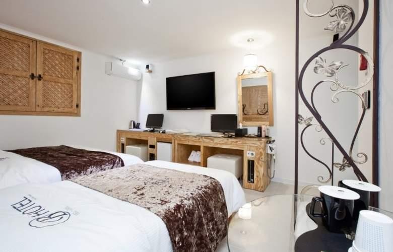 Belamie Hotel - Room - 8