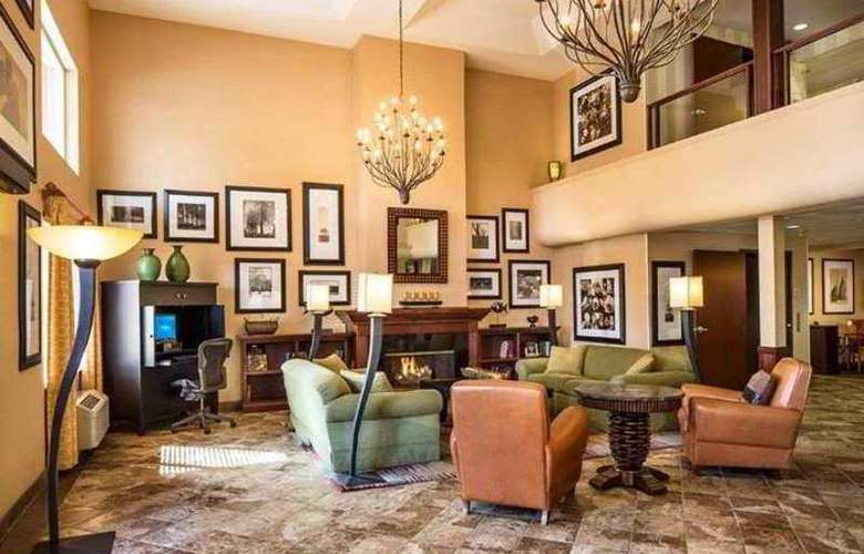DoubleTree by Hilton Hotel Bend - Hotel - 1