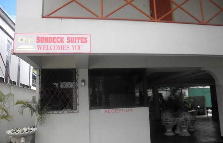 Sundeck Suites - Hotel - 5