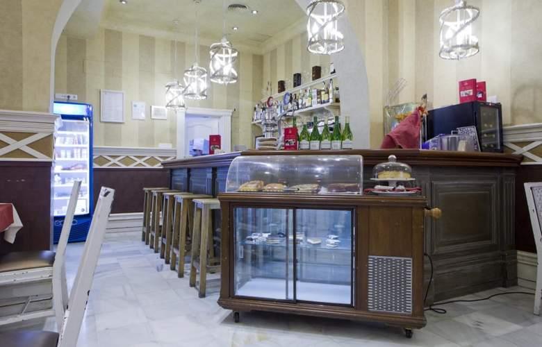 Las Cortes de Cadiz - Restaurant - 13
