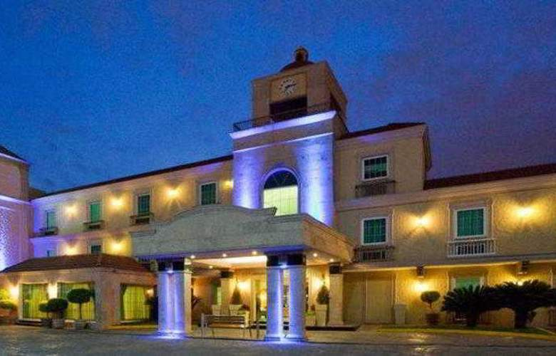 Best Western Plus Monterrey Colon - Hotel - 1