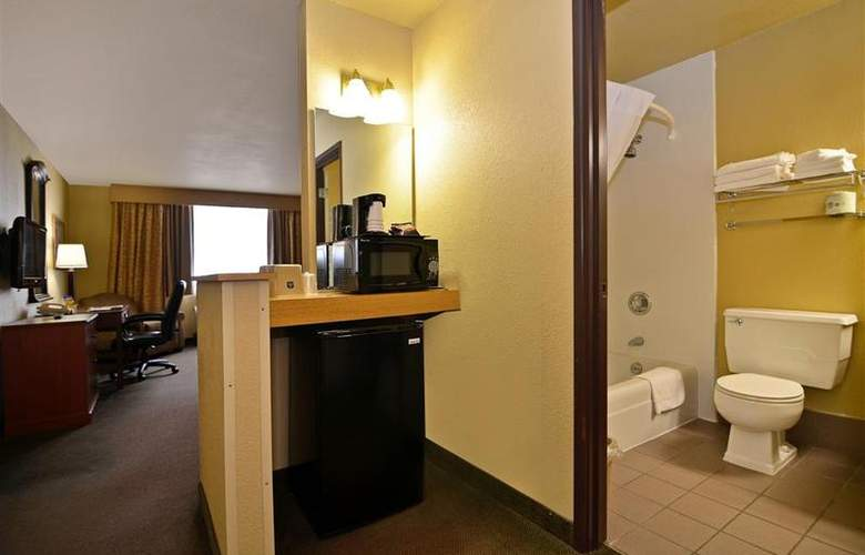 Best Western Green Bay Inn Conference Center - Room - 75