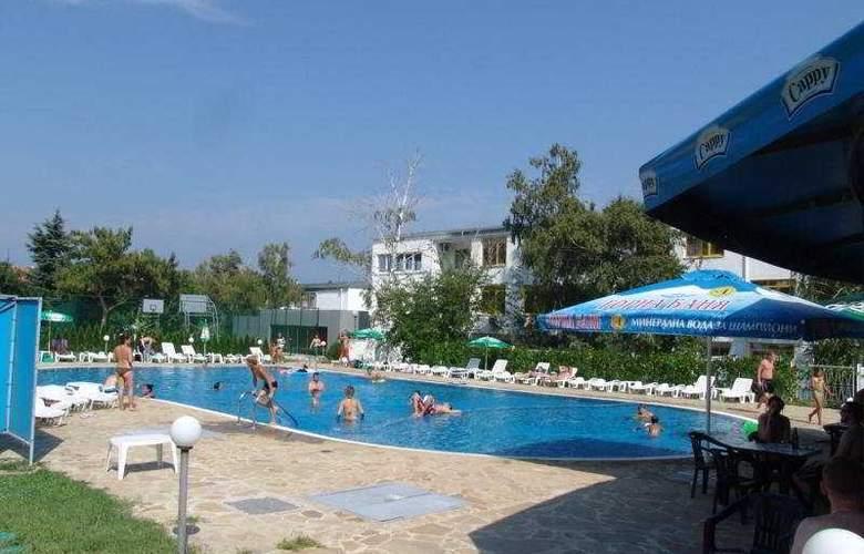 Strandzha - Pool - 7