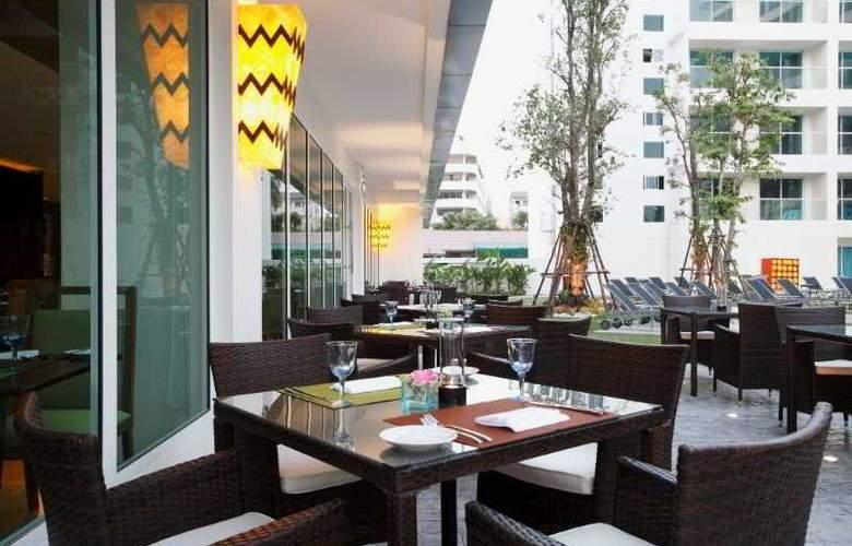 Centara Pattaya Resort - Restaurant - 23