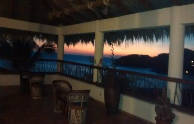 Catalina Beach Resort - General - 21