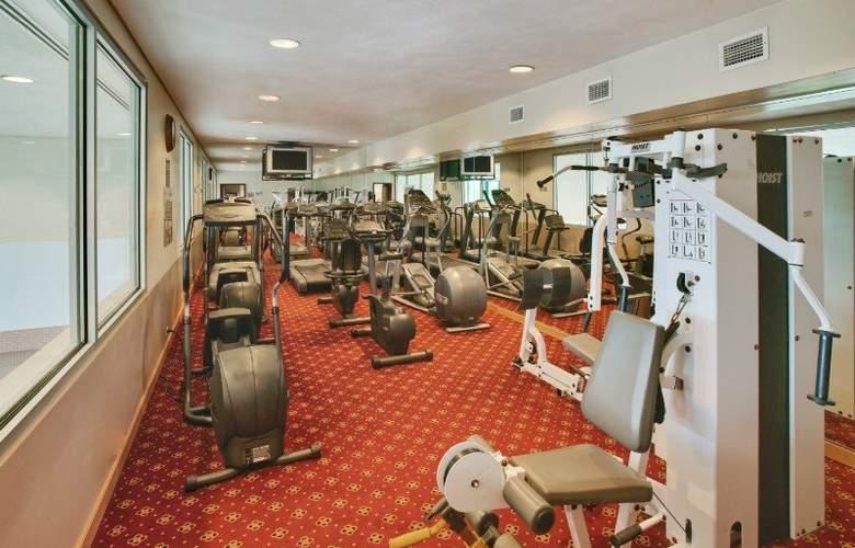 Wyndham Glenview Suites - Sport - 13