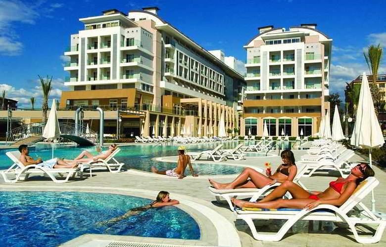 Hedef Resort Hotel & Spa - Pool - 4