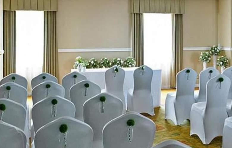 Marriott Tudor Park Hotel & Country Club - Conference - 14