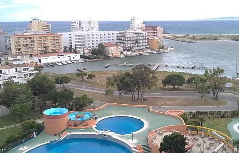 Isla de Rosas - Pool - 5