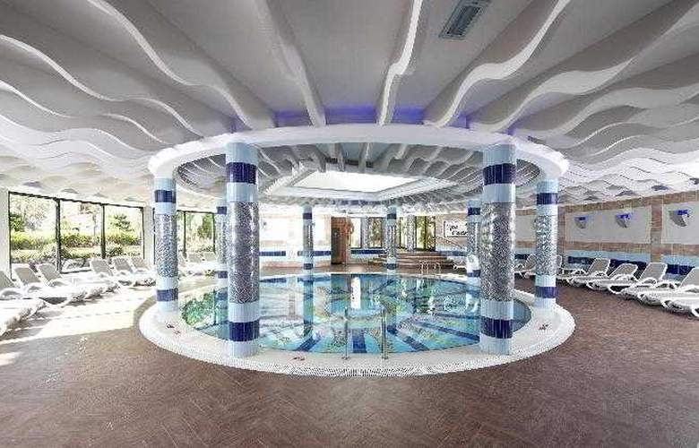 Limak Arcadia Golf & Sports Resort - Pool - 6