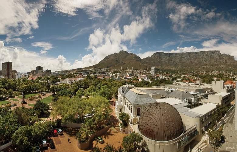 Cape Town Hollow Boutique - General - 2