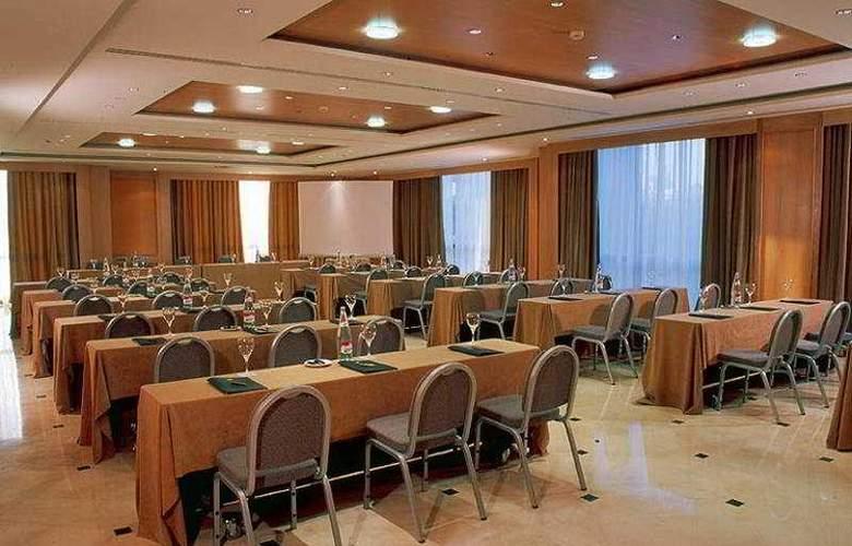 Sevilla Center - Conference - 5