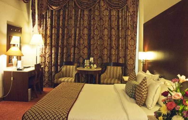 Regent Palace - Room - 3