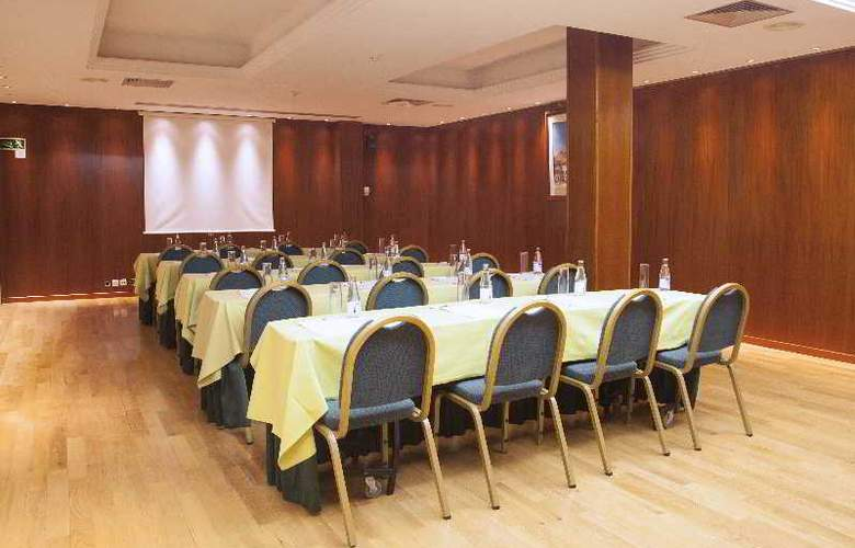 Vilana - Conference - 2