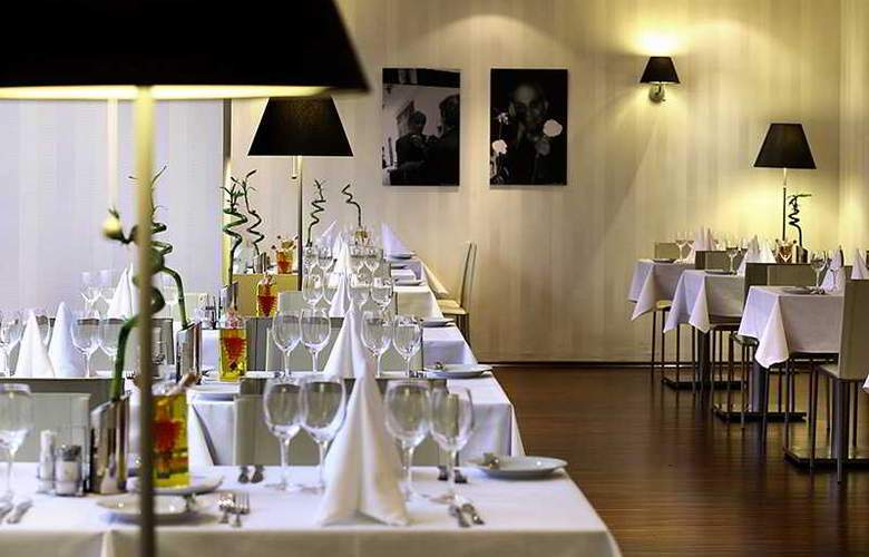 Occidental Praha - Restaurant - 20