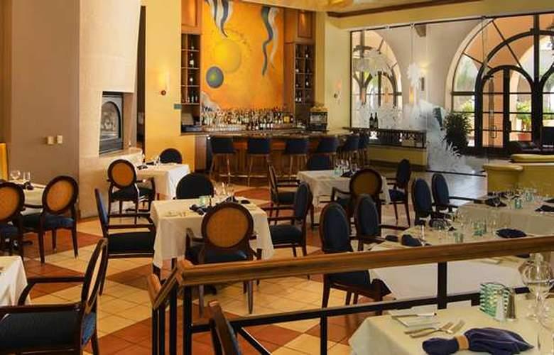 Hilton Santa Barbara Beachfront Resort - Restaurant - 37