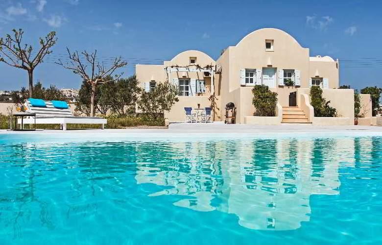 Sienna Residences - Pool - 10