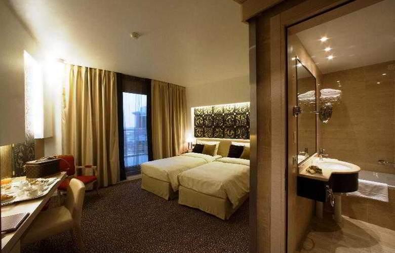 Antony Palace - Room - 26