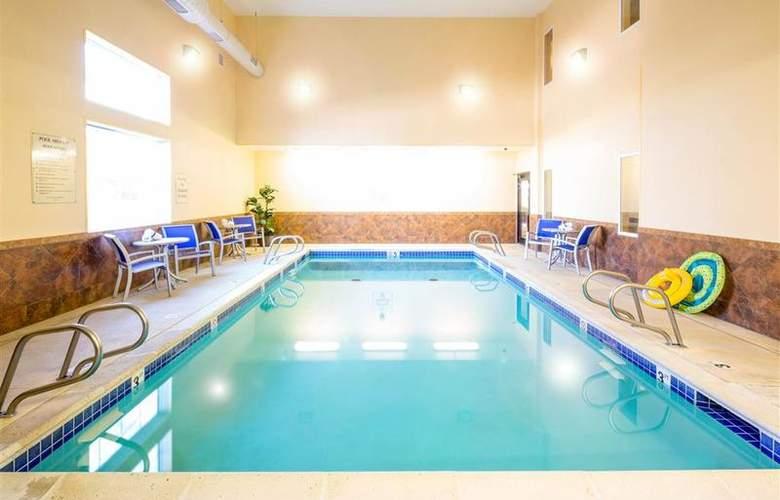 Best Western Plus Eastgate Inn & Suites - Pool - 85