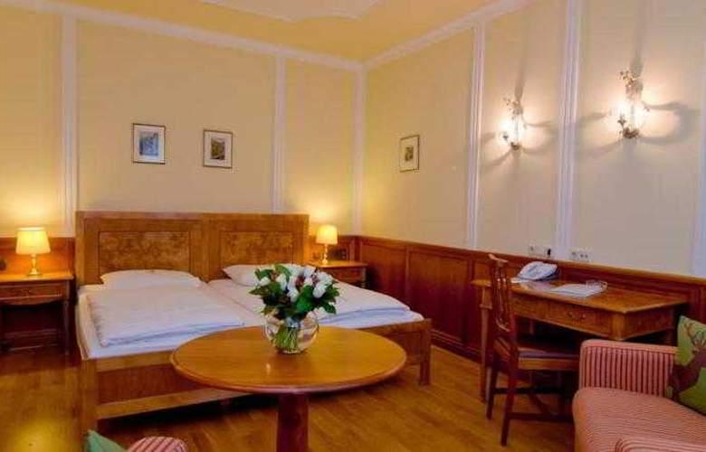 Achat Plaza Salzburg Zum Hirschen - Room - 6