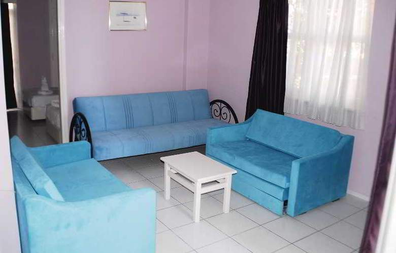 Rosella Apart & Hotel - Room - 8