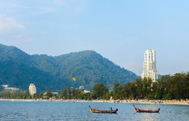 Seaview Patong - Beach - 37
