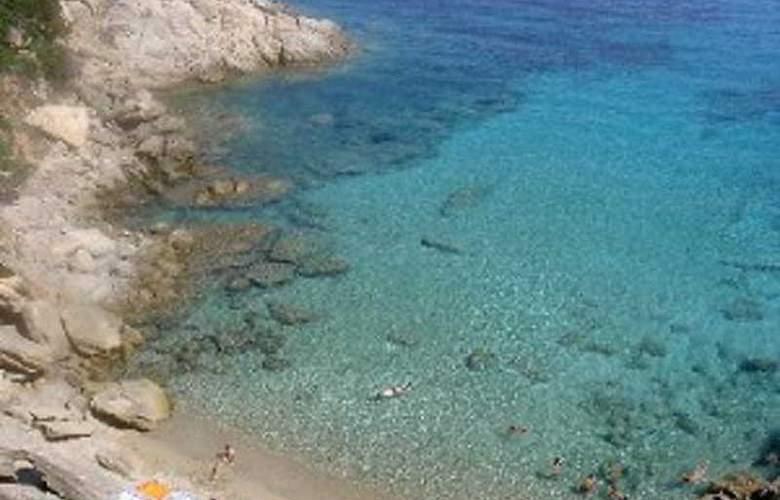L'Ancora - Beach - 4