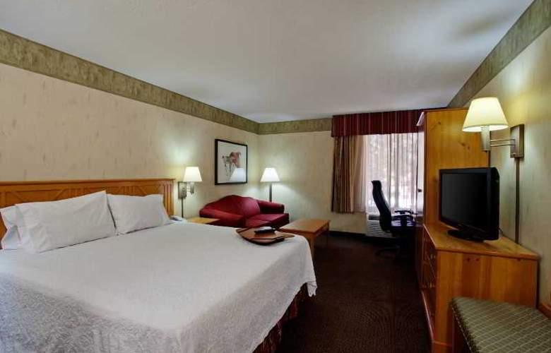 Hampton Inn Flagstaff - Room - 9