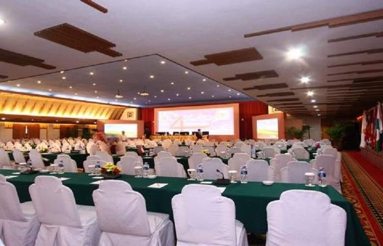 Savoy Homann - Conference - 10
