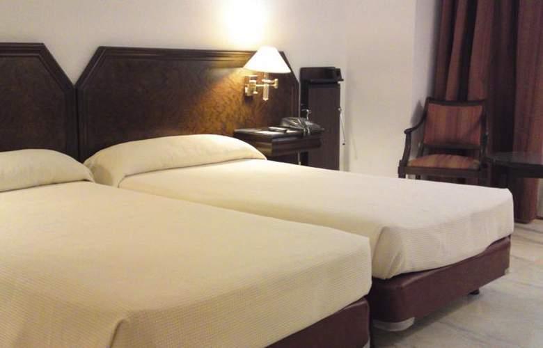 Turia - Room - 9