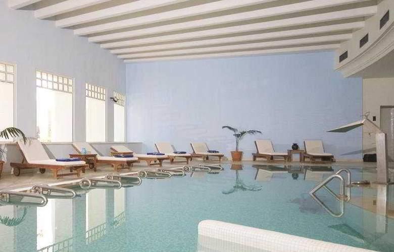 Medina Solaria - Pool - 5