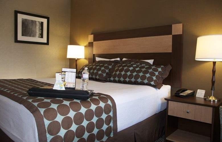 Best Western Plus Innsuites Phoenix Hotel & Suites - Room - 39