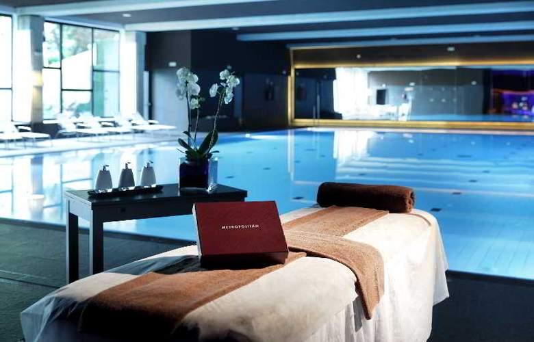 Occidental Bilbao - Pool - 28