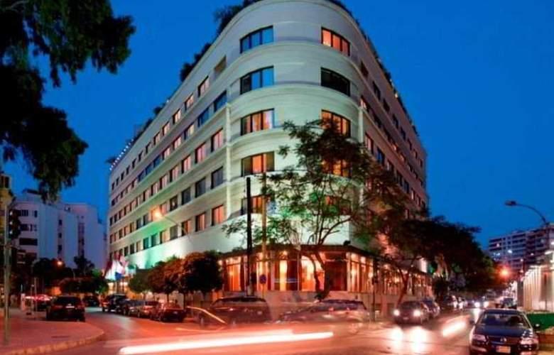 Le Bristol - Hotel - 0